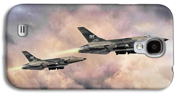 F-105 Thunderchief Galaxy S4 Case by Peter Chilelli