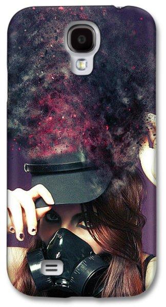 F U M E S  Galaxy S4 Case by Nichola Denny