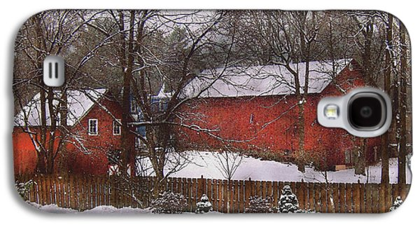 Farm - Barn - Winter In The Country  Galaxy S4 Case by Mike Savad