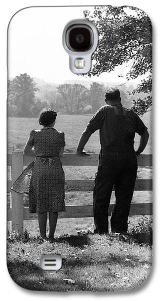 Farm Couple, C.1940s Galaxy S4 Case