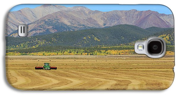 Galaxy S4 Case featuring the photograph Farming In The Highlands by David Chandler