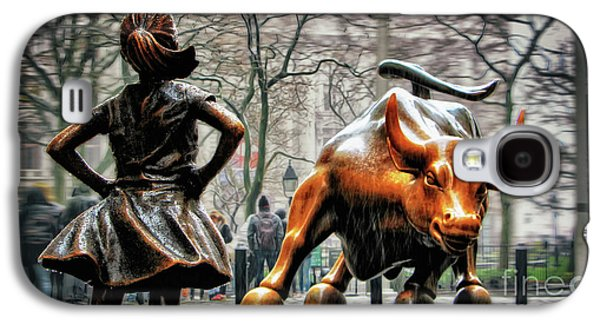 Fearless Girl And Wall Street Bull Statues Galaxy S4 Case