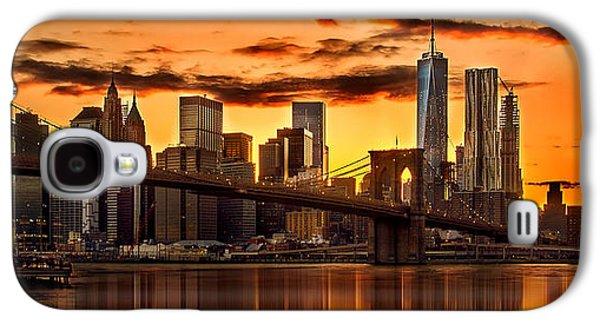 Fiery Sunset Over Manhattan  Galaxy S4 Case by Az Jackson