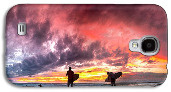 Fire In The Sky. Galaxy S4 Case by Sean Davey