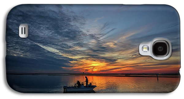 Fishing At Sunset Galaxy S4 Case by Rick Berk