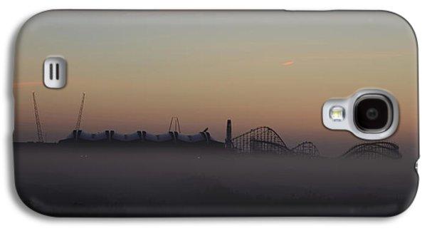 Foggy Beach In Wildwood Galaxy S4 Case by Bill Cannon