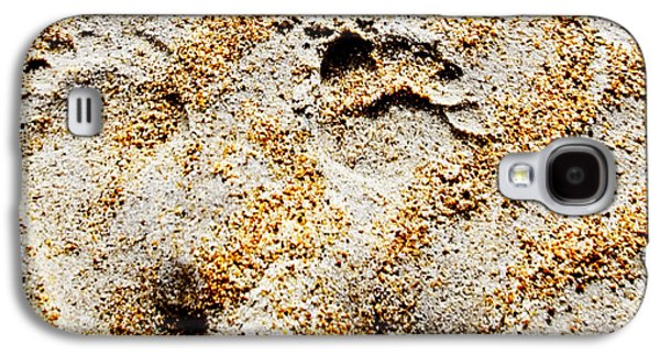 Foot Prints  -  Part 2 Of 3 Galaxy S4 Case by Sean Davey