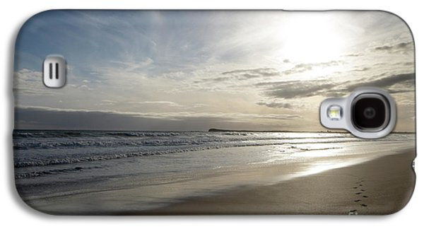 Galaxy S4 Case featuring the photograph Footprints In The Sand by Linda Lees