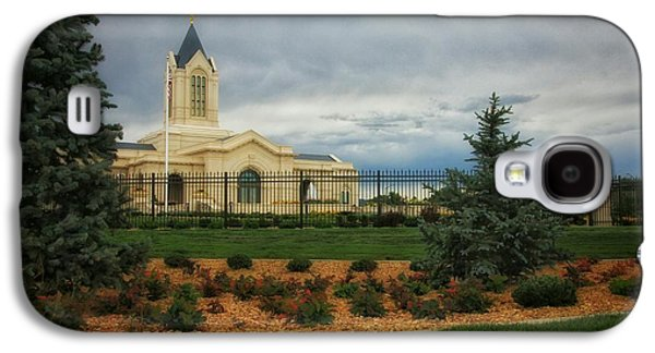 Fort Collins Lds Temple Se Landscape Side Galaxy S4 Case by David Zinkand