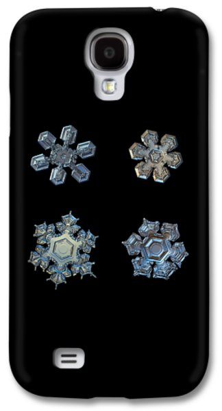 Four Snowflakes On Black 2 Galaxy S4 Case