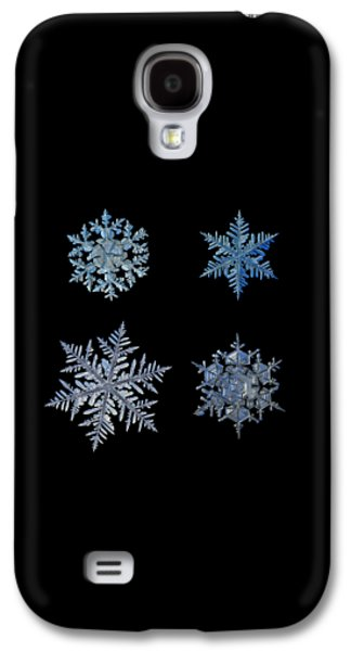 Four Snowflakes On Black Background Galaxy S4 Case