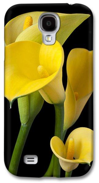 Four Yellow Calla Lilies Galaxy S4 Case by Garry Gay