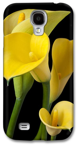 Lily Galaxy S4 Case - Four Yellow Calla Lilies by Garry Gay