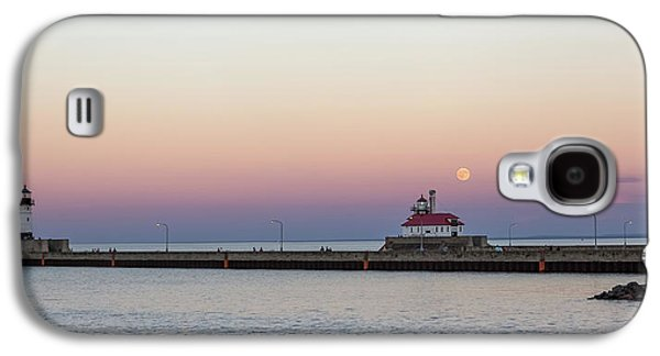 Full Moon Over Canal Park Galaxy S4 Case