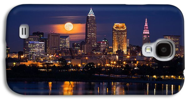 Full Moonrise Over Cleveland Galaxy S4 Case