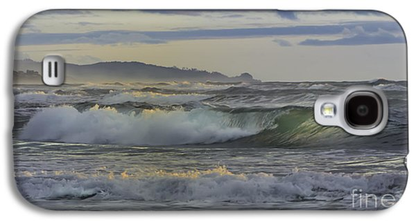 Gazing At The Ocean Surf Galaxy S4 Case