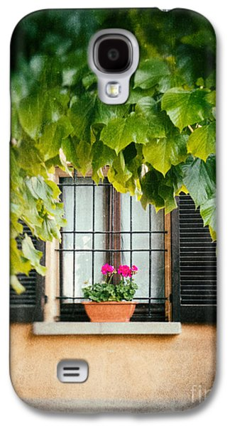 Galaxy S4 Case featuring the photograph Geraniums On Windowsill by Silvia Ganora
