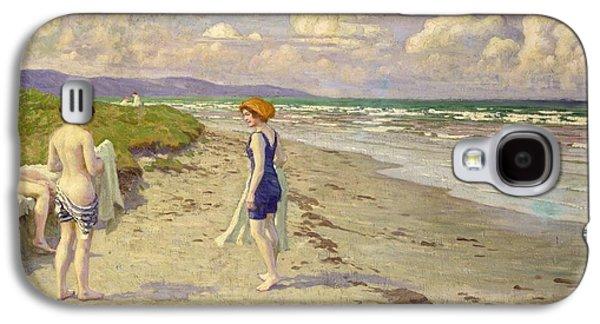 Girls Preparing To Bathe On The Beach Galaxy S4 Case by Paul Fischer