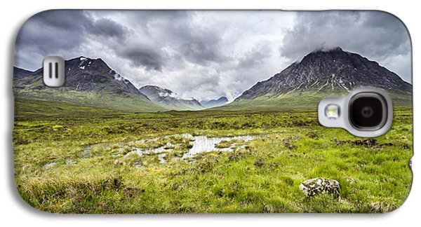 Galaxy S4 Case featuring the photograph Glencoe by Jeremy Lavender Photography