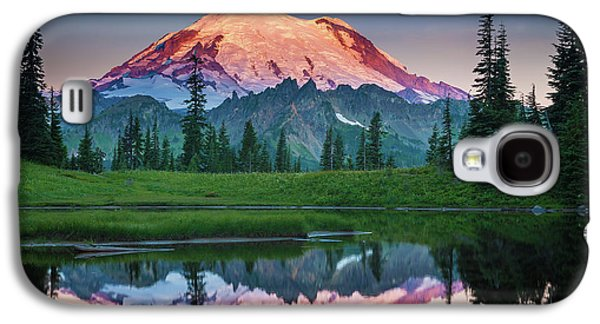 Mountain Galaxy S4 Case - Glowing Peak - August by Inge Johnsson