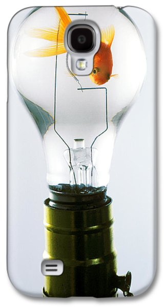 Goldfish In Light Bulb  Galaxy S4 Case by Garry Gay