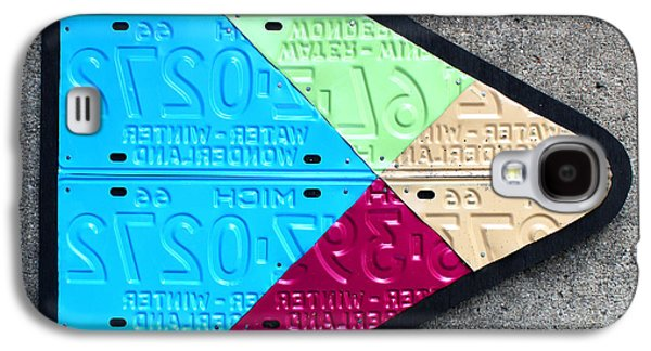 Google Play Logo Recycled License Plate Art On Cement Wall Galaxy S4 Case