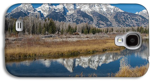 Galaxy S4 Case featuring the photograph Grand Tetons by Gary Lengyel