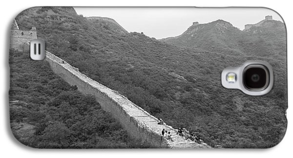 Galaxy S4 Case featuring the photograph Great Wall 4, Jinshanling, 2016 by Hitendra SINKAR