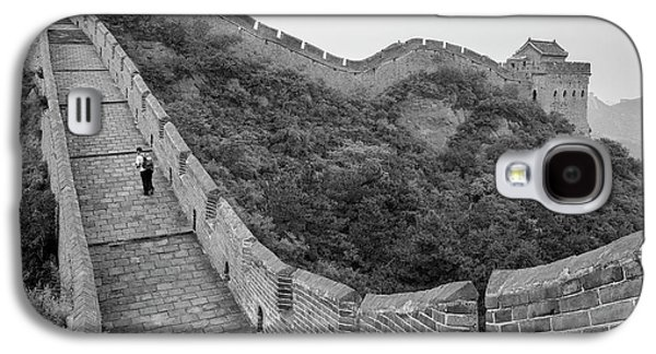 Galaxy S4 Case featuring the photograph Great Wall 9, Jinshanling, 2016 by Hitendra SINKAR