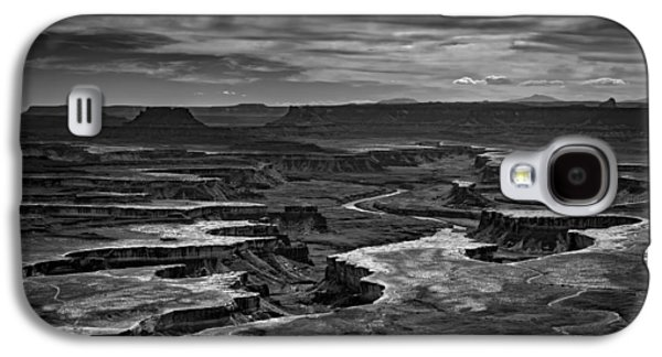Green River In Black And White Galaxy S4 Case by Rick Berk