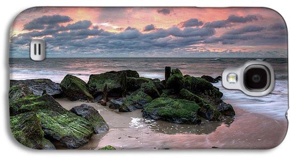 Green Rocks Pink Sky Galaxy S4 Case by Mike Deutsch
