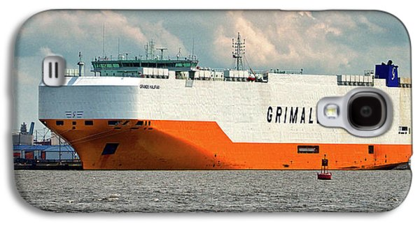 Galaxy S4 Case featuring the photograph Grimaldi Lines Grande Halifax 9784051 At Curtis Bay by Bill Swartwout Fine Art Photography