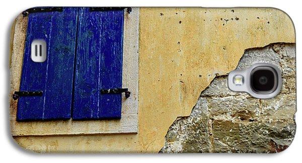 Groznjan Istrian Hill Town Stonework And Blue Shutters  - Istria, Croatia Galaxy S4 Case