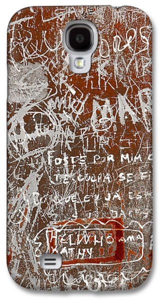 Mess Photographs Galaxy S4 Cases - Grunge Background Galaxy S4 Case by Carlos Caetano