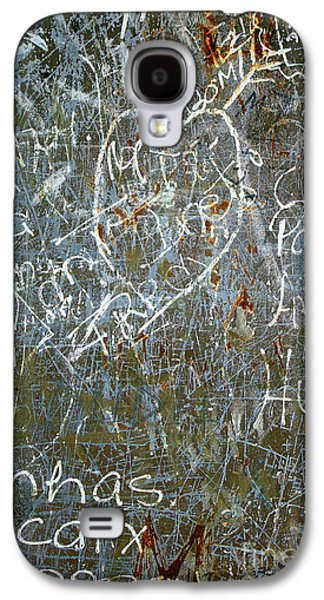 Mess Photographs Galaxy S4 Cases - Grunge Background III Galaxy S4 Case by Carlos Caetano