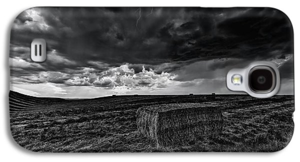 Hay Storm Black And White Galaxy S4 Case by Mark Kiver
