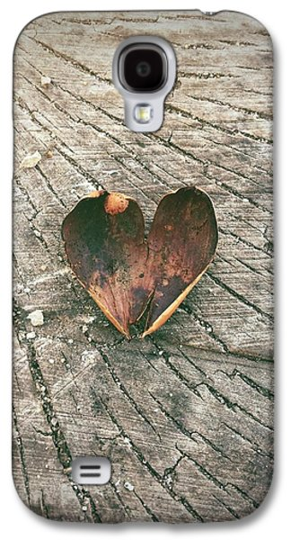 Heart In The Woods Galaxy S4 Case by Robert Chambers