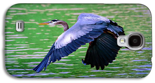 Galaxy S4 Case - Heron In Flight At Honor Heights Park by Tamyra Ayles