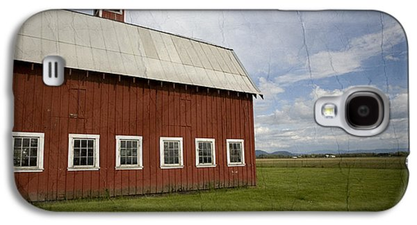 Farms Galaxy S4 Cases - Historic Red Barn Galaxy S4 Case by Bonnie Bruno