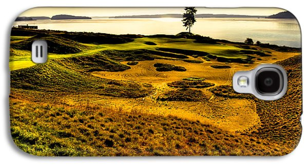 Hole #15 - The Lone Fir At Chambers Bay Galaxy S4 Case by David Patterson