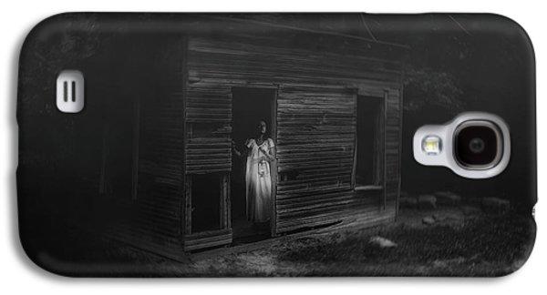 In Fear She Waits Galaxy S4 Case by Tom Mc Nemar