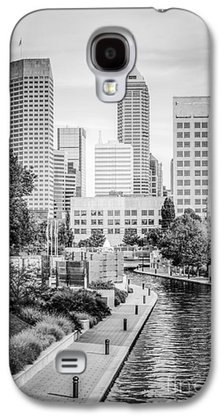 Indianapolis Skyline Black And White Photo Galaxy S4 Case by Paul Velgos