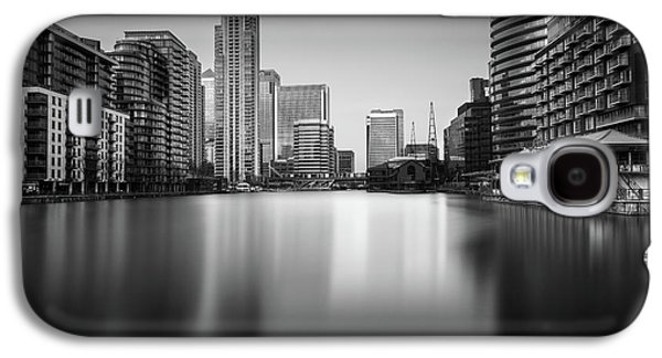 Inside Canary Wharf Galaxy S4 Case by Ivo Kerssemakers