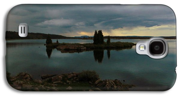 Island In The Storm Galaxy S4 Case