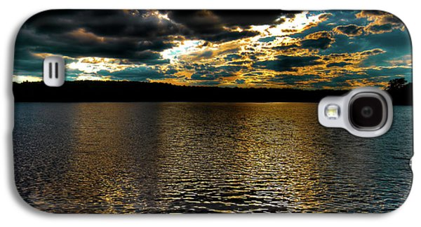 Galaxy S4 Case featuring the photograph June Sunset On Nicks Lake by David Patterson