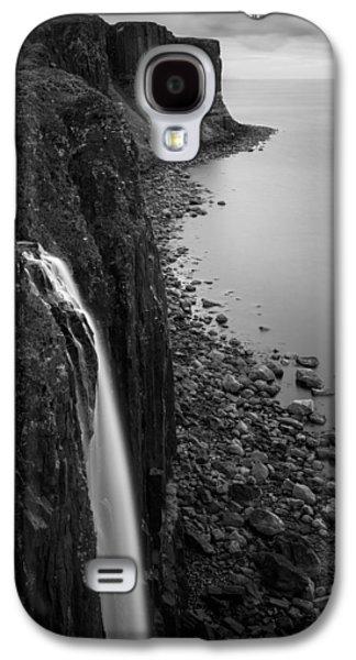 Kilt Rock Waterfall Galaxy S4 Case by Dave Bowman