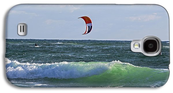 Kiteboards On Pompano Beach Florida Galaxy S4 Case by Toby McGuire