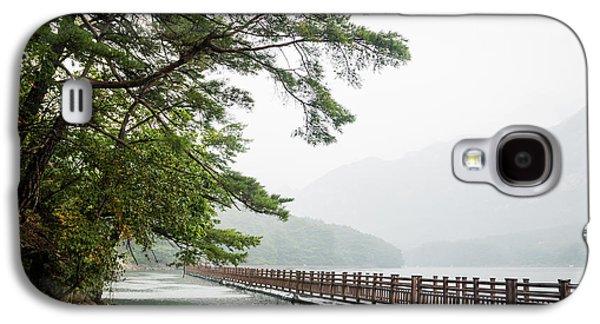 Lake Galaxy S4 Case by Hyuntae Kim