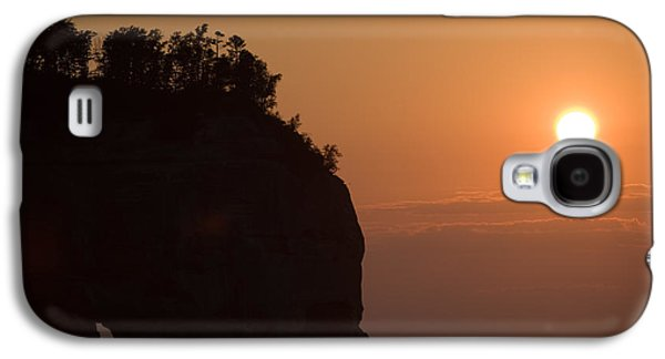 Lake Superior Sunset Galaxy S4 Case by Sebastian Musial