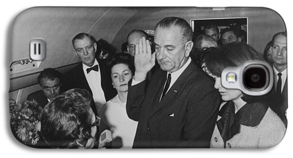 Lbj Taking The Oath On Air Force One Galaxy S4 Case
